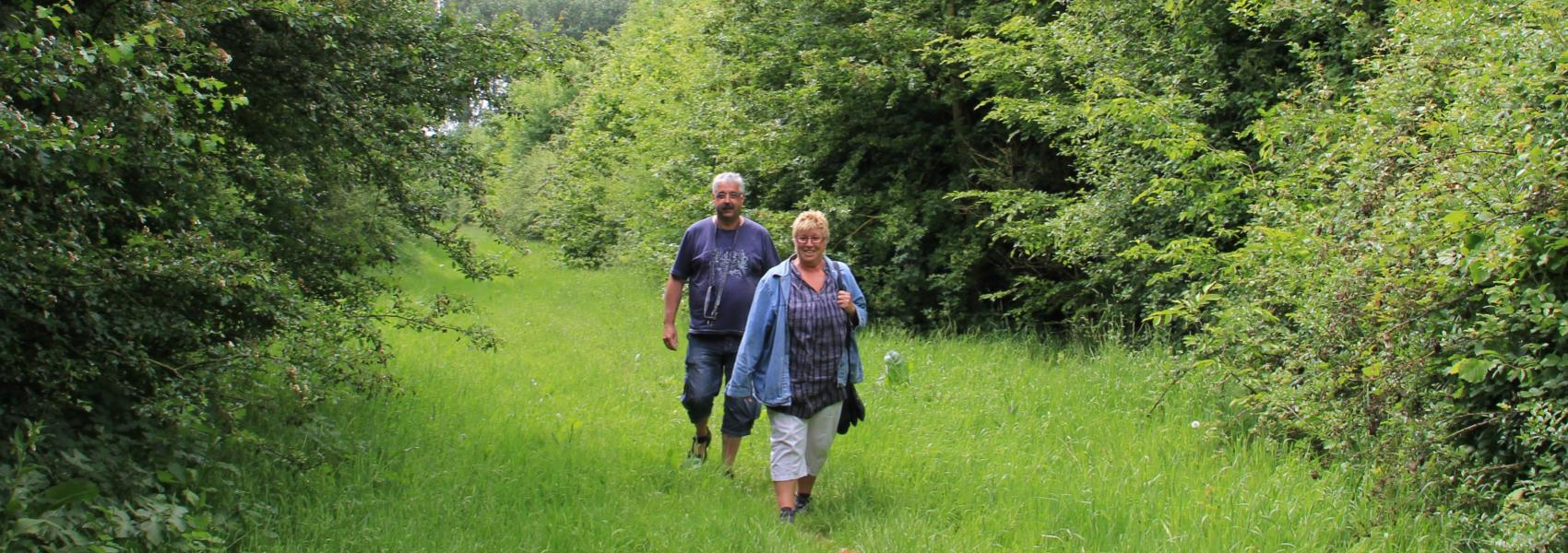 2 wandelaars in Eversambos