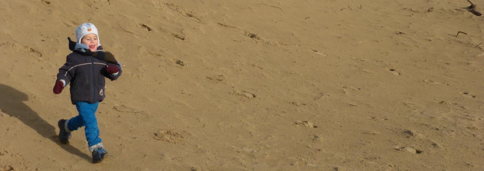 kind loopt van duin