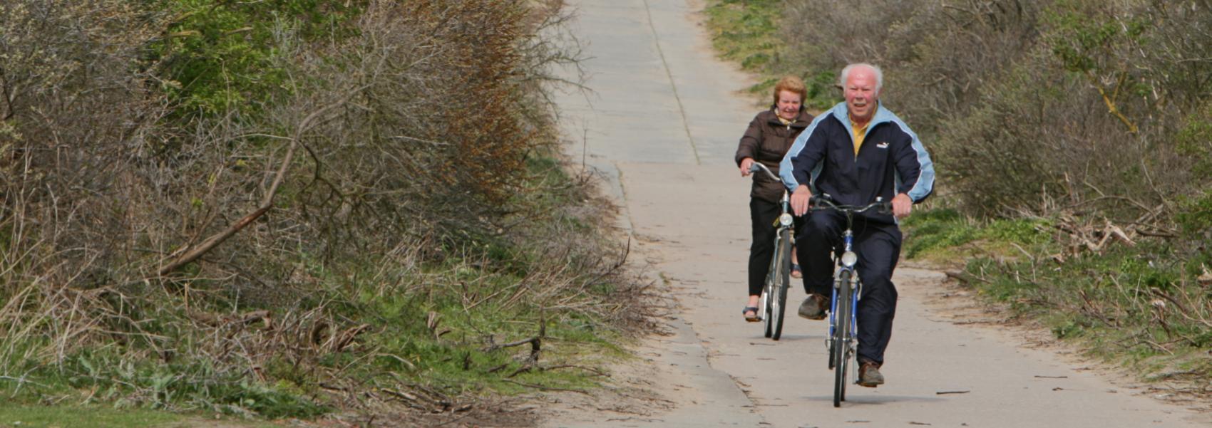 fietsers in de Zwinduinen